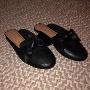 *BRAND NEW* Bamboo Knotted Bow Slip On Loafer